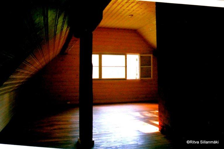 attic window (2)